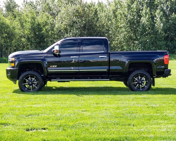 New 2019 Chevrolet Silverado 2500HD LTZ DURA CUSTOM TRUCK LIFTED RIMS/TIRES FLARES DONE RIGHT
