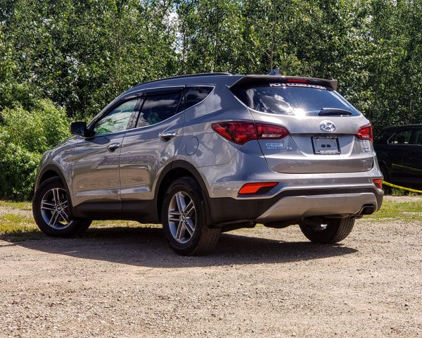 Pre-Owned 2017 Hyundai Santa Fe Sport SE LOADED AWD LOW KM